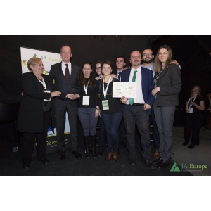 Junior Achievement Romania primeste premiul european T.J. Bata Quality Award pentru performanta in educatie