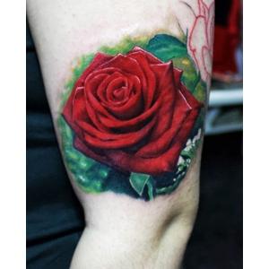 primul tatuaj. Elegance Tattoo