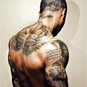 servicii tatuaje www.elegancetattoo.ro