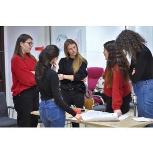 FUTURE - programul inovator prin care atragi noi angajati și te implici în #EducatieAltfel