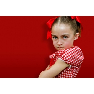 Participa la un grup de discutii pe tema rasfatului la copil si a 'educarii in echipa' - www.psihoterapiefamilie.ro