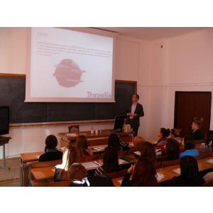 Travelio. TRAVELIO iniţiază studenţii de la Universitatea din Oradea, Departamentul de Geografie, Turism şi Amenajarea Teritoriului