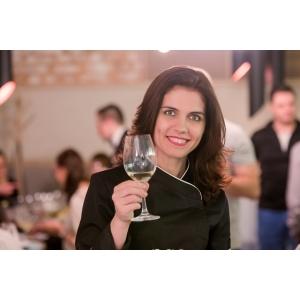 aida catana. MasterChef Aida Parascan este noul Chef Naan Food&Drink Studio