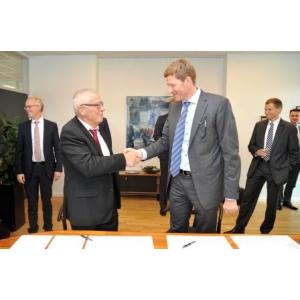 Sondex CEO Aage Søndergaard Nielsen si Niels B. Christiansen, CEO, Danfoss
