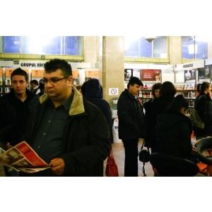 LA SALONUL CARTII LIVRESQUE 2012 CELEBRAM ZIUA INTERNATIONALA A CARTII SI A DREPTULUI DE AUTOR