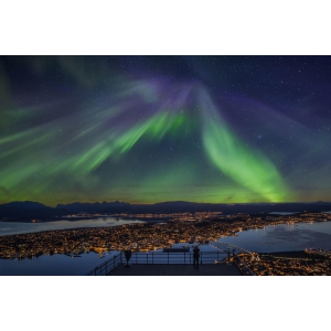 Vacanță la Disneyland Paris, recomandări cu cele mai tari trasee de bicicletă din Europa și locurile ideale unde poți vedea aurora boreală