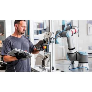 Roboții colaborativi promit că pot rezolva criza de personal din procesele de producție din România