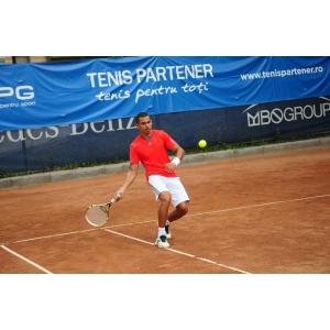 tenis la dublu. Circuitul Tenis Partener - Platinum Targu Mures, foto: MPG