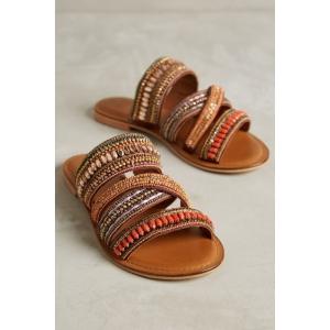 papuci dama. A venit vara iar modelele de papuci de dama sunt dintre cele mai variate
