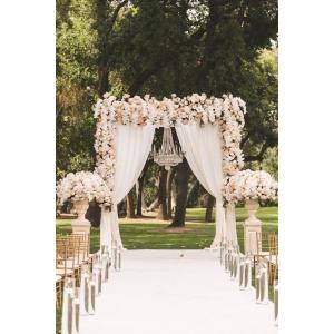 cocarde. Florile sunt martorii frumusetii la o nunta!