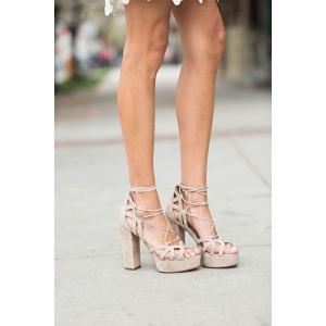 sandale ieftine. Gama impresionanta de sandale potivite pentru orice tinuta