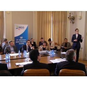 "imdd. Grupul ONU C7 si IMDD au organizat dezbaterea ""Rolul guvernarii electronice in dezvoltarea durabila"