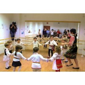 Cursurile de dans popular, o decizie inteleapta pentru dezvoltarea copilului tau