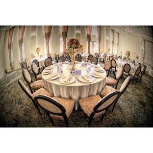 Află unde poți comanda fețe de masă pentru nuntă