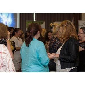 5 motive sa participi la ultima conferinta Woman2Woman.ro din 2016