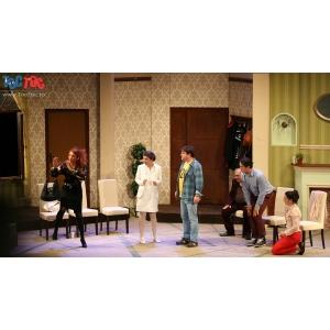 Comedie si Cadouri dulci Sambata 6 iunie la ultimul spectacol TOC TOC