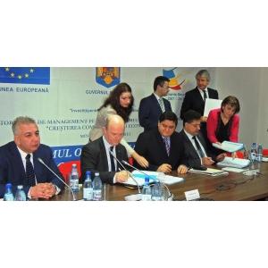 """pol de competitivitate. Dacia şi Renault Technologie Roumanie - membri în  Polul de Competitivitate """"Auto Muntenia"""""""