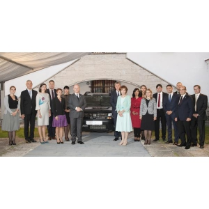 principesa. Dacia sponsorizează Fundaţia Principesa Margareta a României cu un vehicul Duster