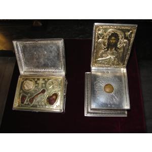 sfintele moaste. Prima data in Romania: Moastele Sf. Ioan Botezatorul, Sf. Matei, Sf. Stefan, Sf. Mucenite Varvara