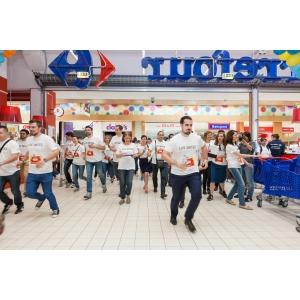 united waz. Nouă companii susțin familiile defavorizate în prima Cursă a Cumpărăturilor Caritabile organizată de United Way România