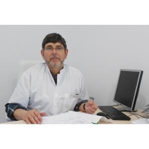 Dr. Andrei Cristian Ionescu, medic primar chirurg, doctor în științe medicale, specialitst in proctologie la Ovidius Clinical Hospital